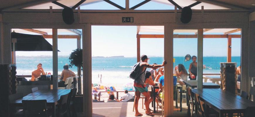 Los chiringuitos de la costa española compiten por ser los más ecológicos